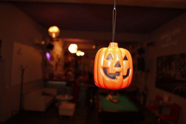 dovleac decor la petrecere de hallowen pentru copii mari si adolescenti in Bucuresti