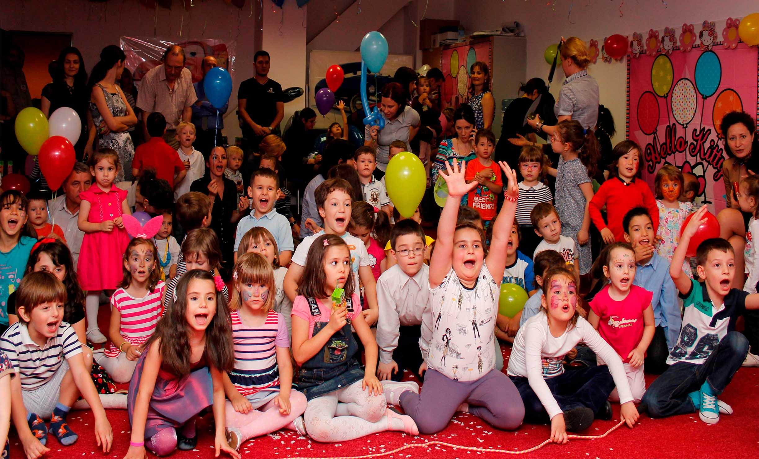 trupa de dans copii la petreceri corporate